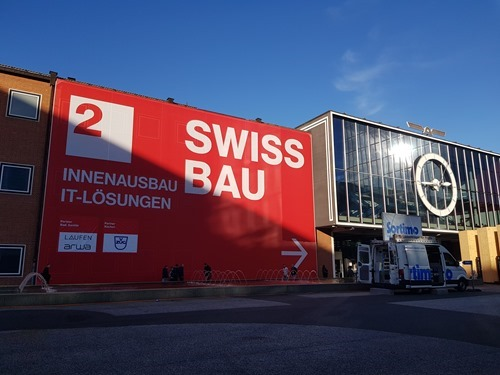 Arriving at Swissbau
