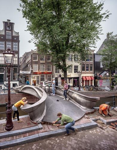 Brug Stoofsteeg Amsterdam, MX3D, JorisLaarmanLab. Oudezijds Achterburgwal.